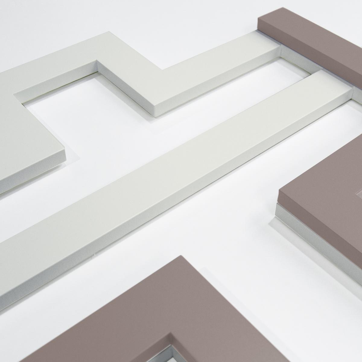 L:A:S - Laser Art Style - CROCIFISSO DA PARETE DESIGN MINIMAL – SI-526 PANNA-TORTORA